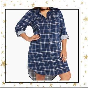 Torrid Size 1 Navy Blue Plaid shirt dress     (C7)